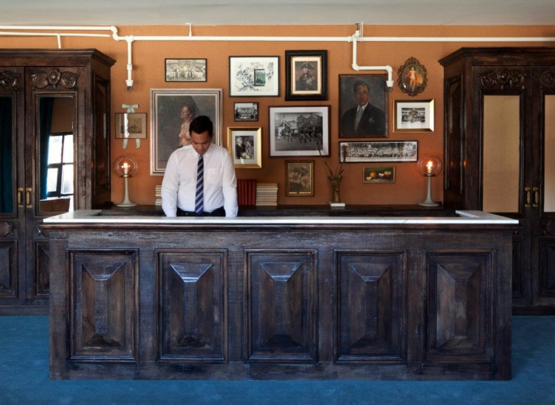 wood panels reception desk
